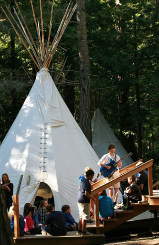tipis-with-kids